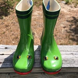 Other - Make a splash in frog rain boots!